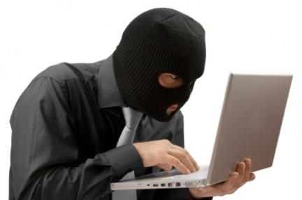 Un terzo degli italiani teme le truffe online, sostiene una recente analisi