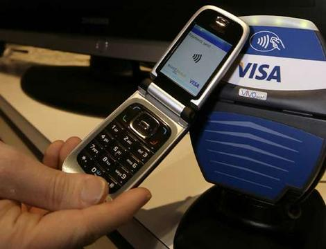 visa-mobile-payment-smartphone