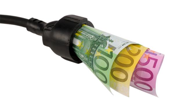 cosa fa variare il costo dell'energia elettrica