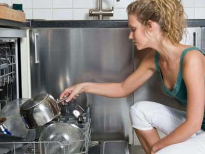 come risparmiare usando bene la lavastoviglie