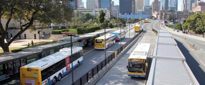 Banche mobili: ecco i bus - filiale