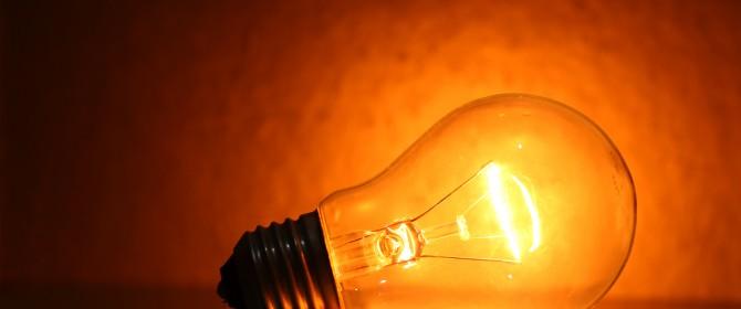 Calano ancora i consumi di elettricità in Italia