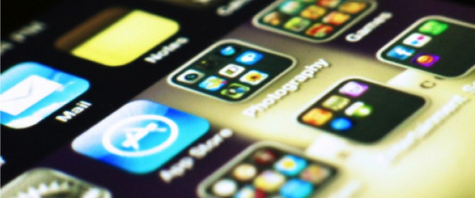 Chat batte sms, ma i brevi messaggi di testo non moriranno