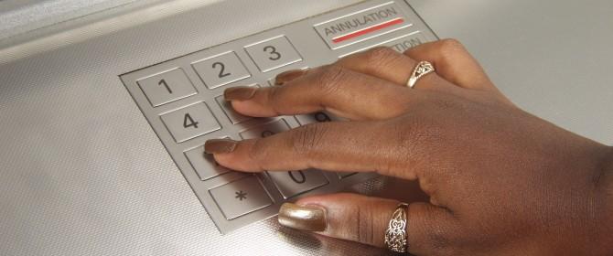 commissioni pago bancomat, quanto costa usare la carta bancomat