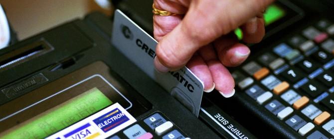pagamento POS, scatta l'obbligo per professionisti e negozi