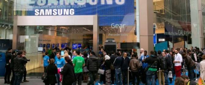 Successo per Samsung Galaxy S5. Le vendite iniziali a gonfie vele.