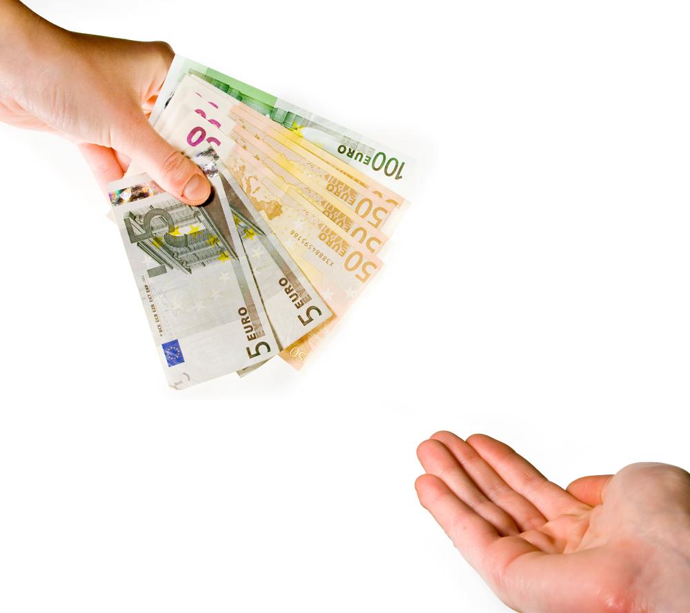 Richiesta prestiti: meglio la banca o una finanziaria? » SosTariffe.it