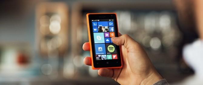 Microsoft Lumia 532 vs Nokia Lumia 530: il confronto
