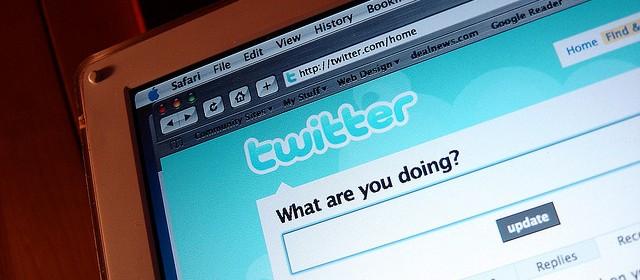 Una recente ricerca afferma che Twitter aiuti a sentirsi meglio