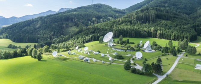 Telekom Austria, Eutelsat e la banda larga satellitare