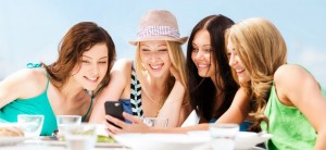 Quest'estate puoi usare lo smartphone risparmiando
