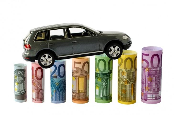 Assicurazione auto 6 mesi costo e attivazione online for Costo del garage di due auto