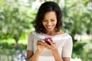 Le migliori tariffe per spendere 100 Euro all'anno con il proprio smartphone