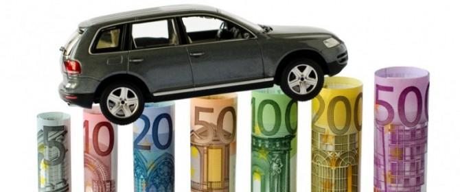 Assicurazione RC Auto: come rateizzare il premio risparmiando