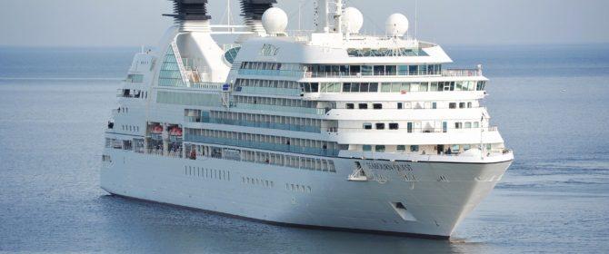 Cos'è il roaming marittimo e come evitare addebiti non richiesti quando si viaggia in nave